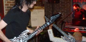 concours de air guitar