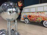 location décoration année 70 hippie chic
